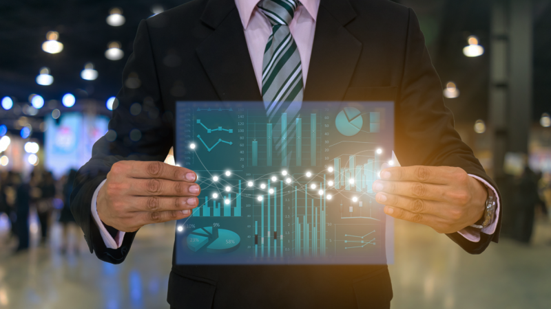 Data Analytics e IA para o Departamento Financeiro